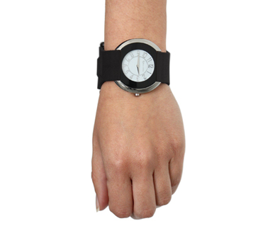 GPS watch for woman with black strap and black dial